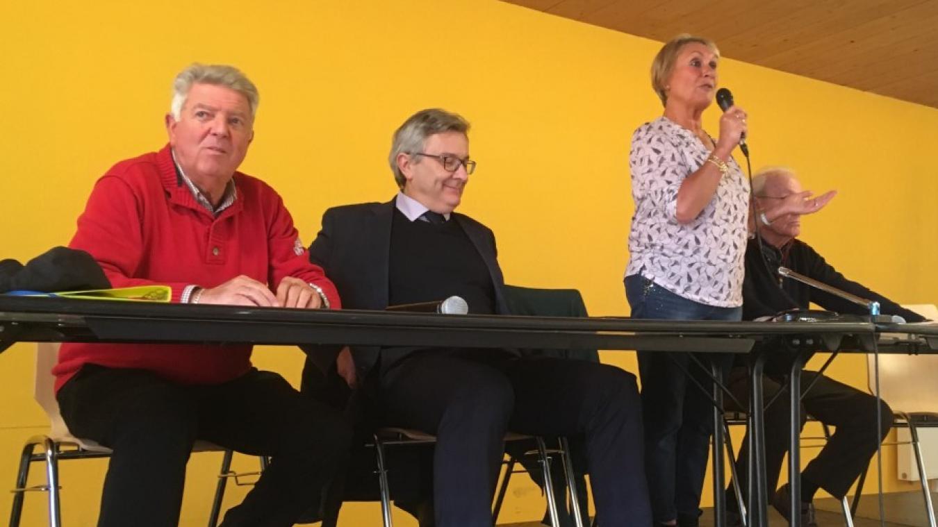 (De gauche à droite) Bernard Faucon, Bertrand Ringot et Renée Caloone, lors de l'assemblée générale.