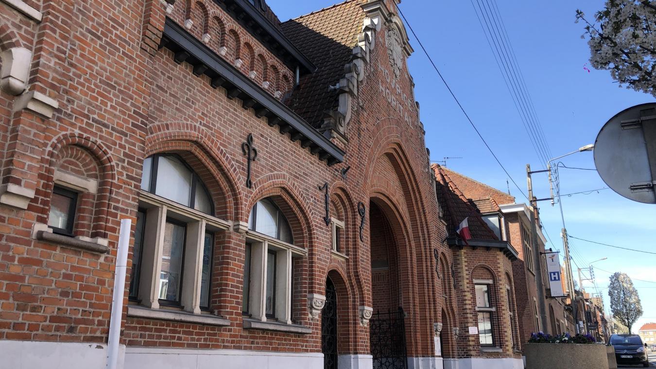 Le 3 avril, l'hôpital de Bailleul a délesté le CHU de Lille d'un premier cas. Mais l'établissement a toujours besoin de surblouses.