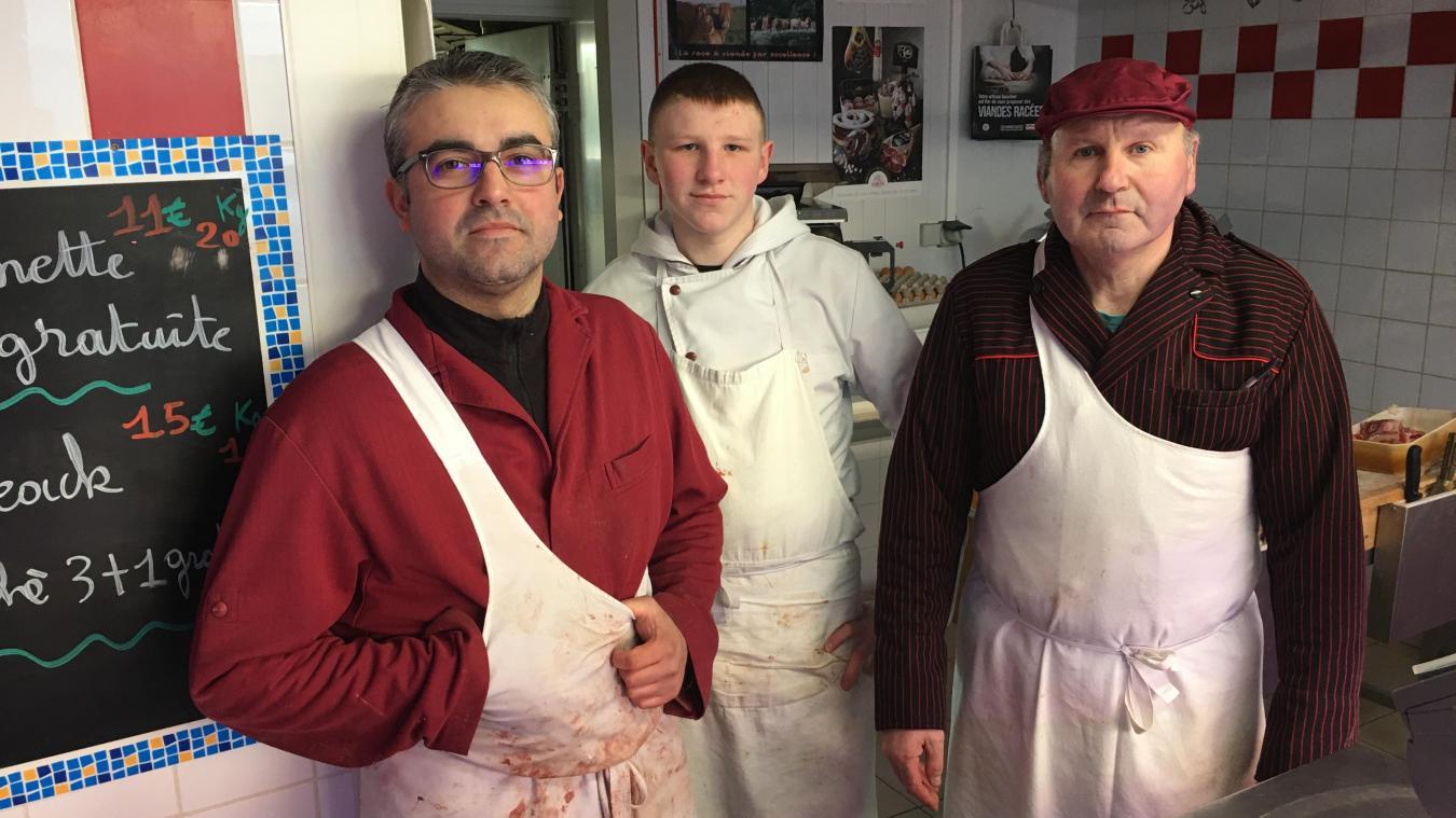 Jean-Paul Morel et ses employés Romain et Louis prennent toutes les dispositions nécesaires.