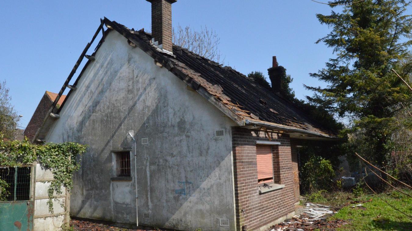 La maison était inoccupée au moment de l'incendie.