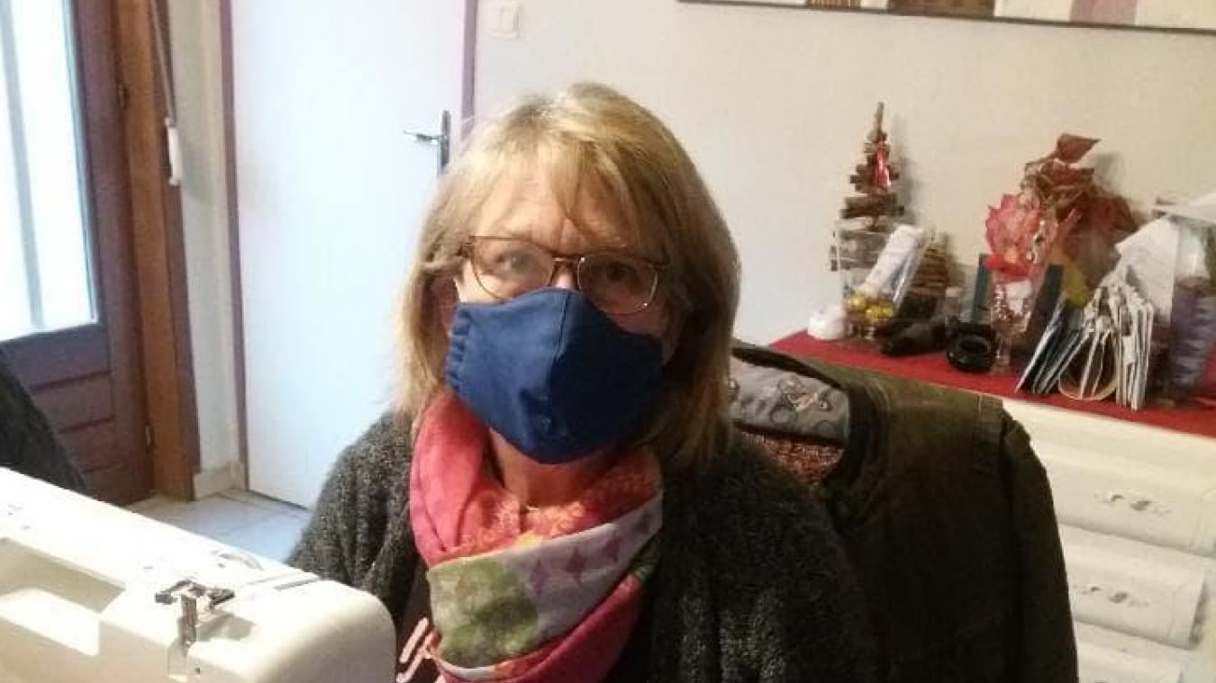 Brigitte Dessailly fournit le patron et les tissus découpés.
