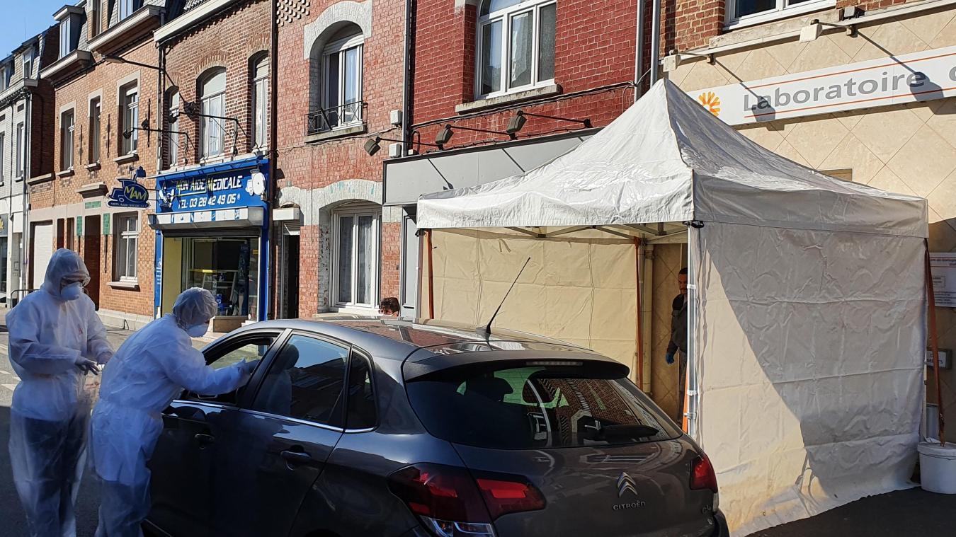 Un premier drive a été mis en place lundi 30 mars à Estaires.