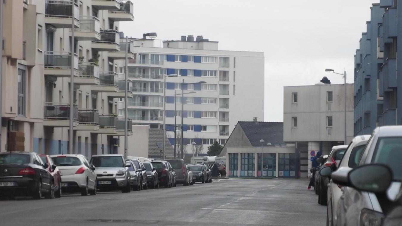La victime a été découverte dans sa cour avenue De Lattre de Tassigny.