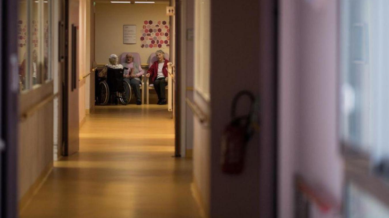 Le confinement en chambre: comment le ressentent nos aînés?