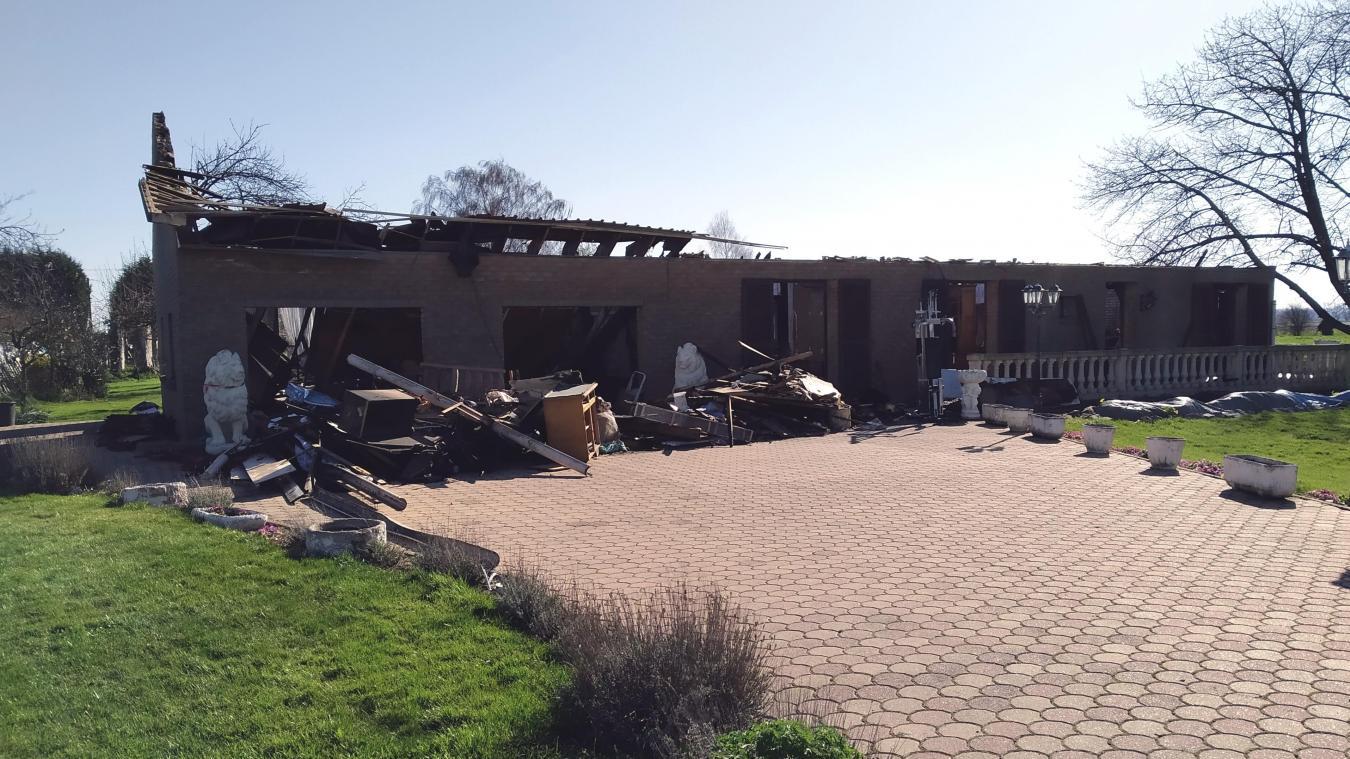 Le 7 mars dernier, la maison du couple était entièrement partie en flammes dans un violent incendie.