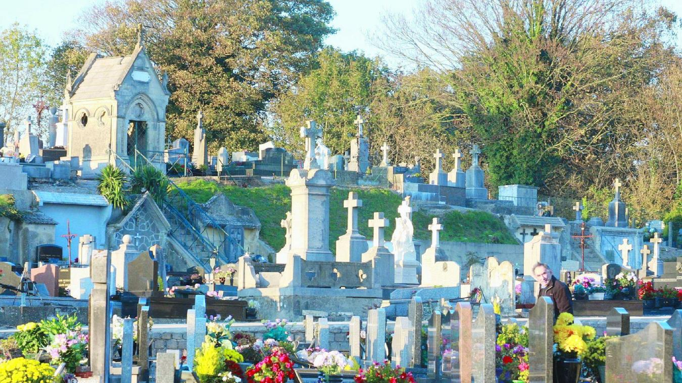 Les cimetières de la ville d'Étaples sont à nouveau ouverts sous certaines conditions.