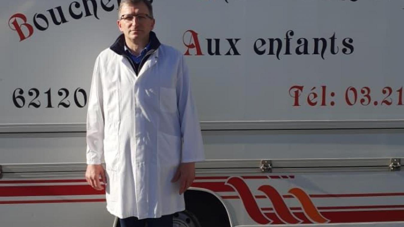 Didier Acquart, gérant de la Boucherie aux enfants, prend désormais des commandes.