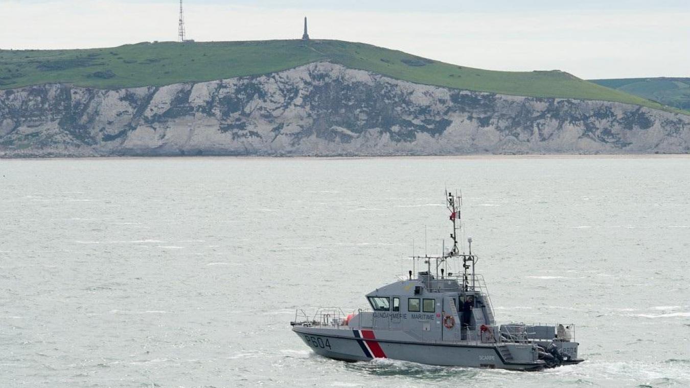 Une quinzaine de migrants ont été récupérés sur une embarcation au large de Boulogne-sur-Mer.