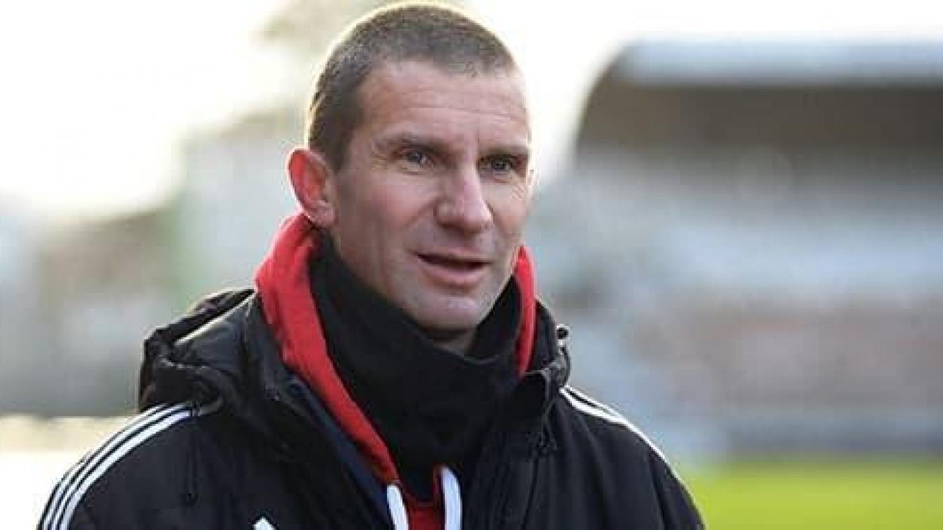 Arnaud Dinielle est l'entraîneur de Jimmy Gressier.