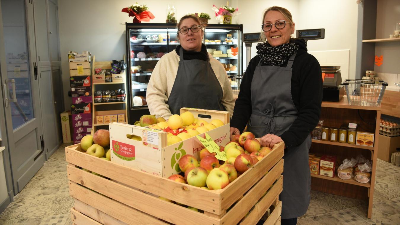 Christelle Mouillard et Angelique Yvart ont ouvert leur commerce le 31 janvier.