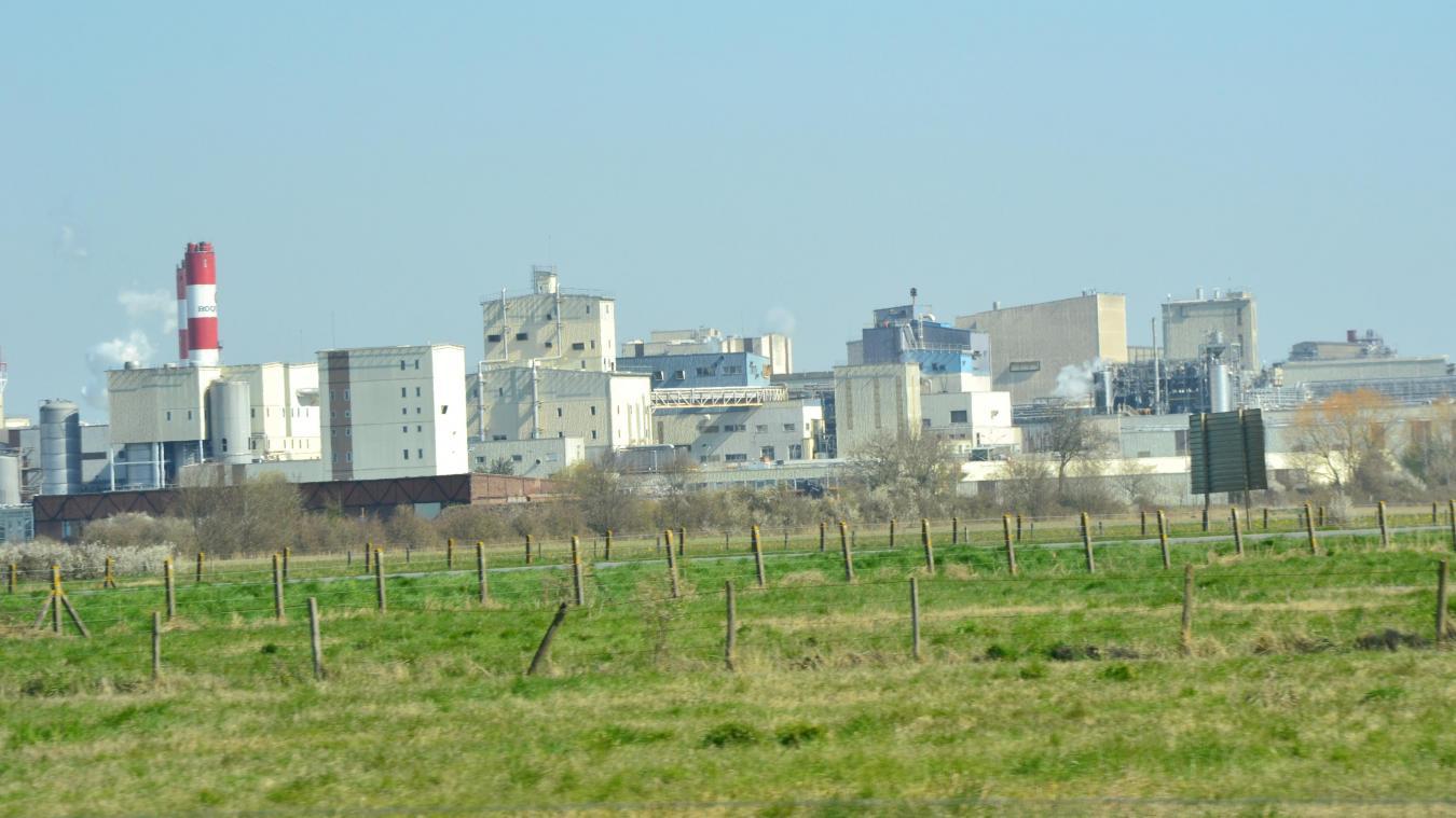 L'usine parvient à fabriquer 1 000 litres de solution hydroalcoolique par jour.