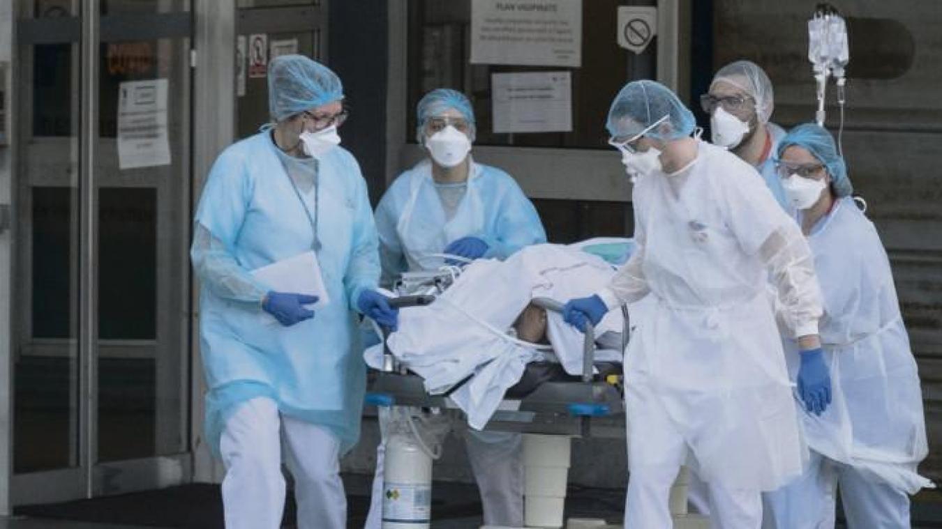 En pleine crise du coronavirus, il annonce la suppression de 174 lits à l'hôpital