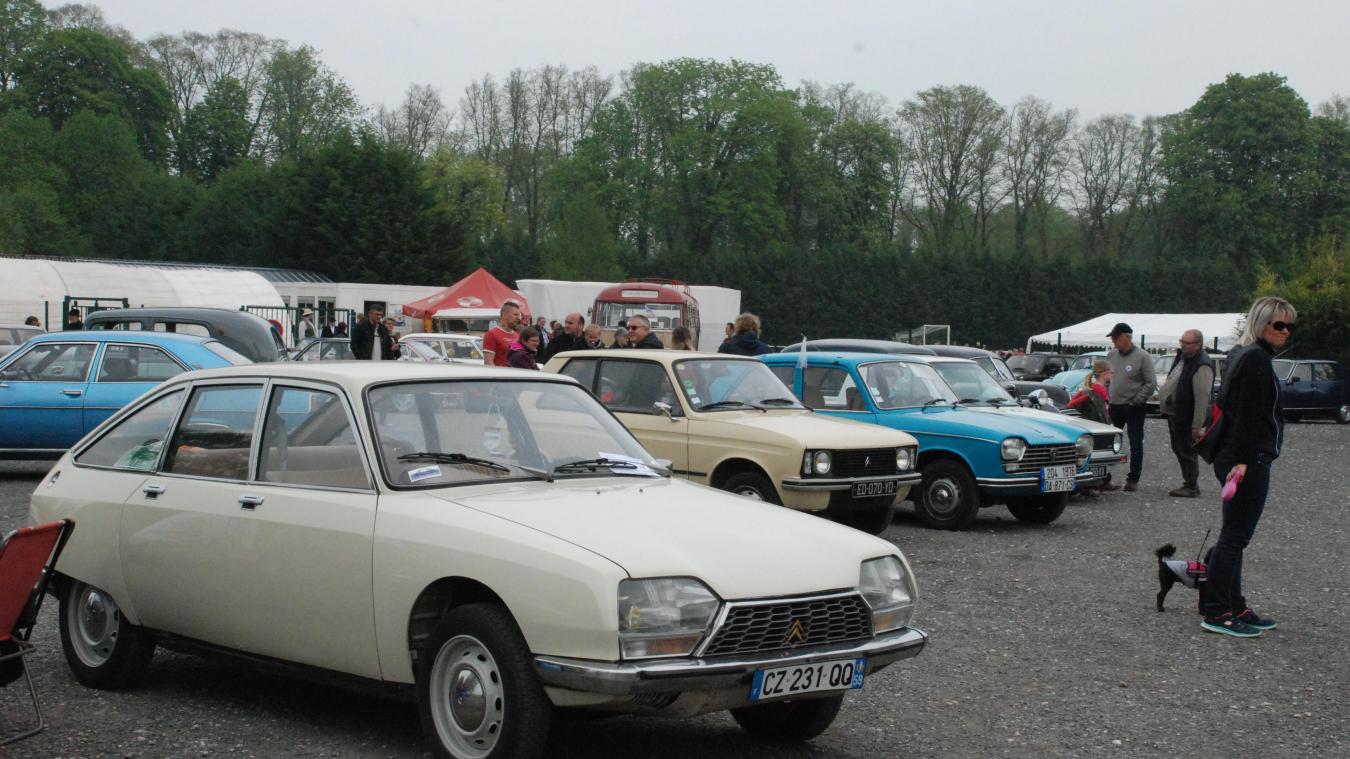 Pas de véhicules anciens à Hesdin, le 1er mai.