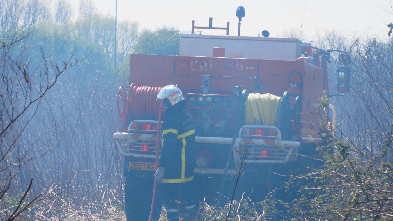 Les sapeurs-pompiers de Calais et Marck sont intervenus route de Saint-Omer.