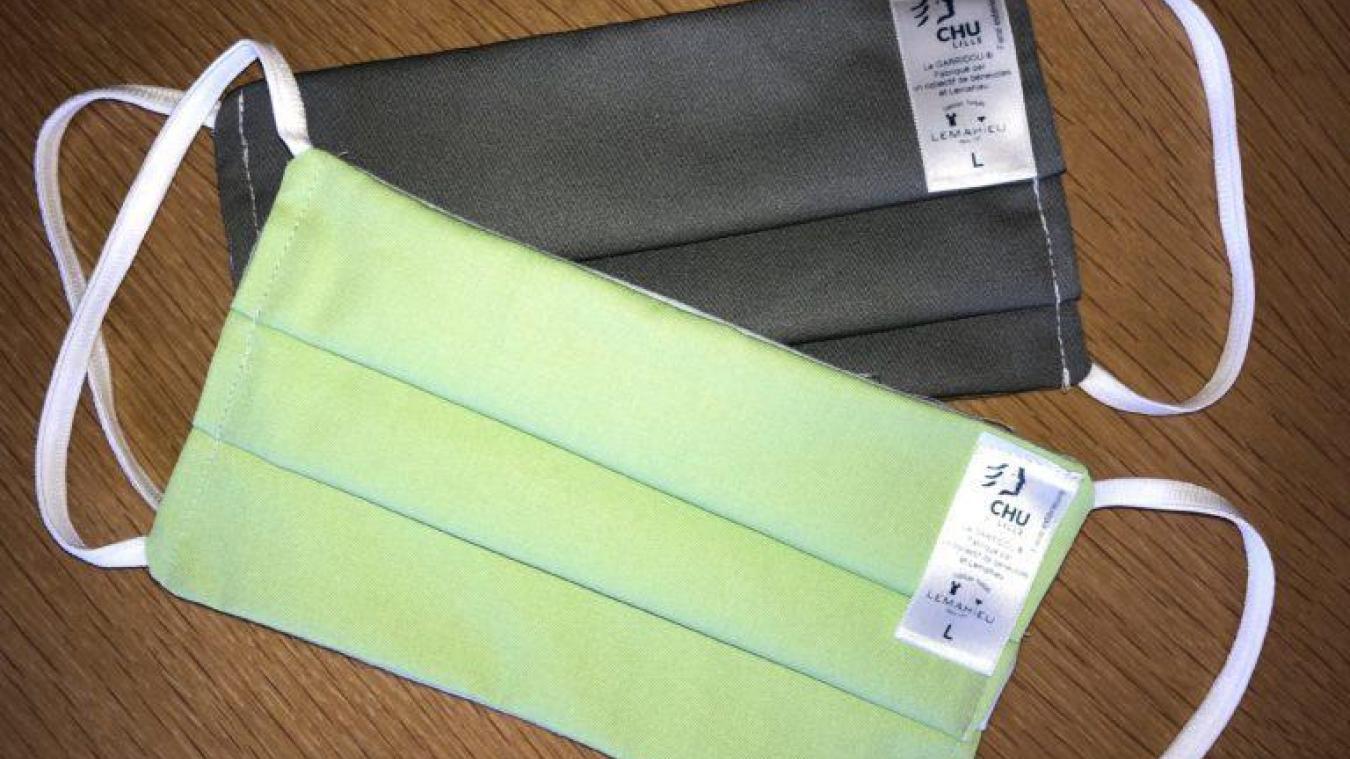 La masques en tissu qui peuvent remplacer les masques chirurgicaux jetables et être fabriqués par les bénévoles.
