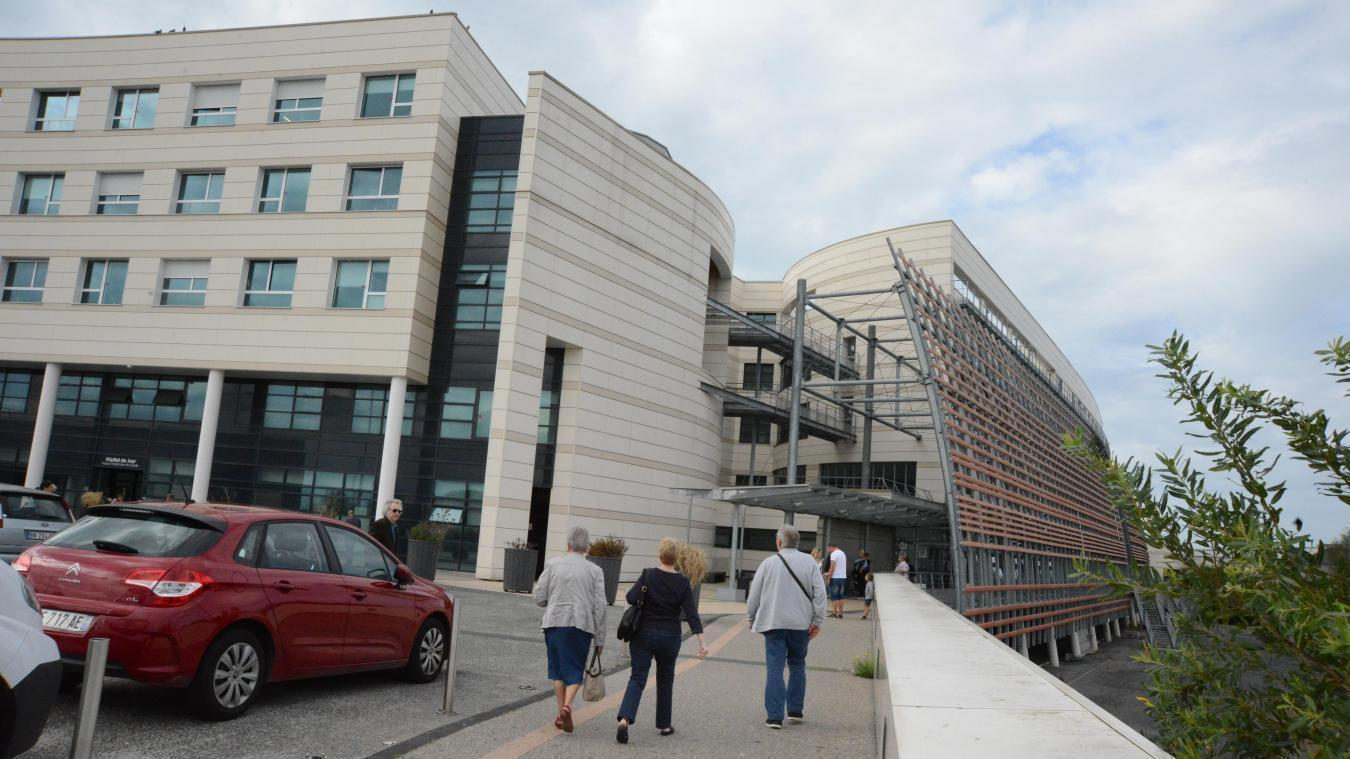 Coronavirus: un cluster à l'hôpital de Calais