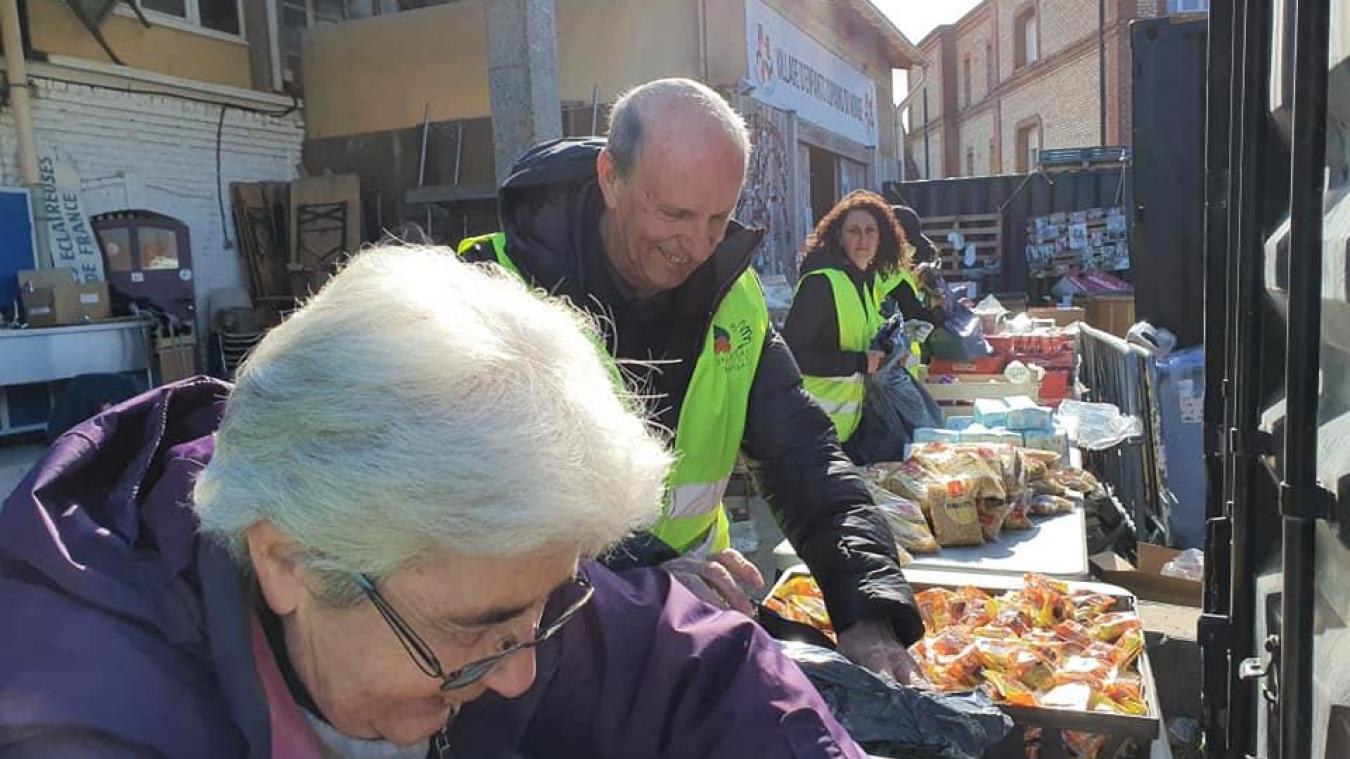 L'adjoint aux sport, également président du BCM, a proposé son aide au Secours populaire pour distribuer des repas aux plus démunis.