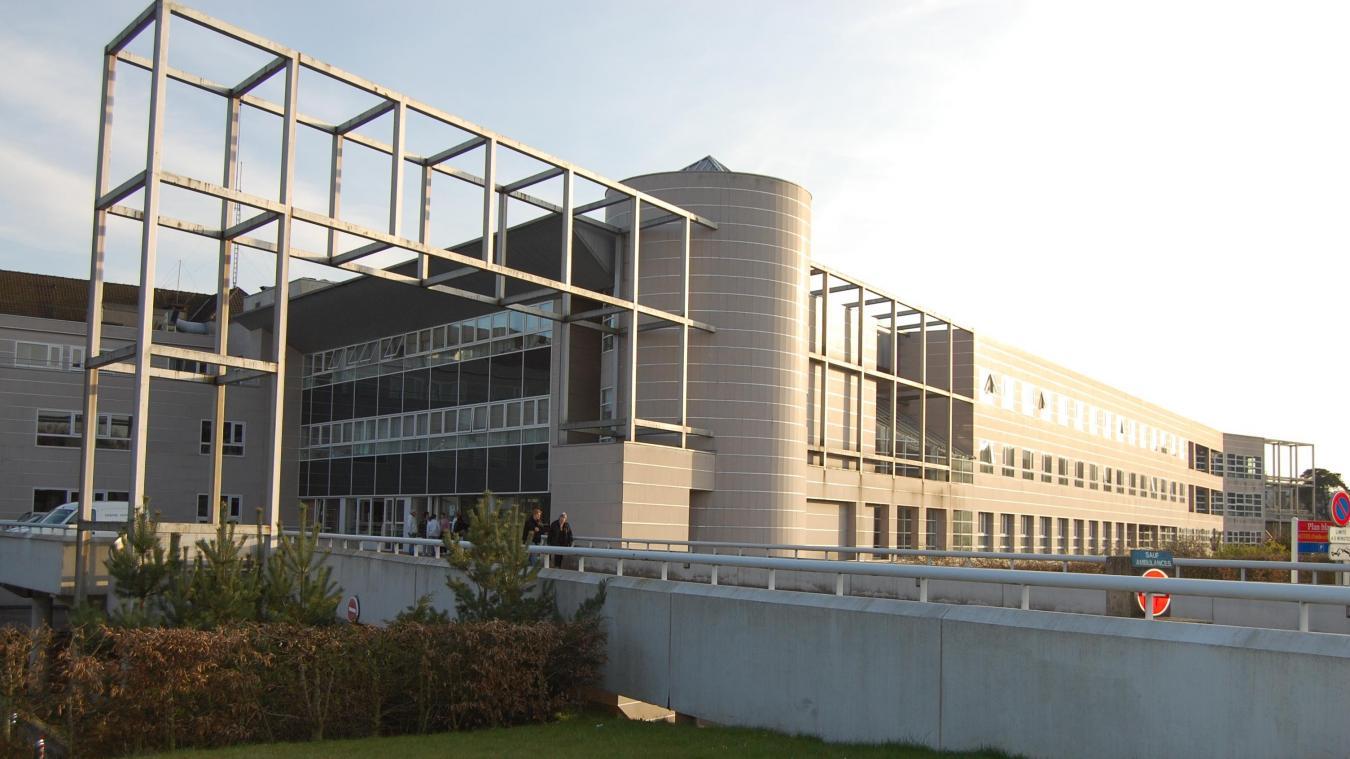 Plus que 8 malades du coronavirus sont hospitalisés au Centre hospitalier de la région de Saint-Omer, contre 21 il y a une dizaine de jours.