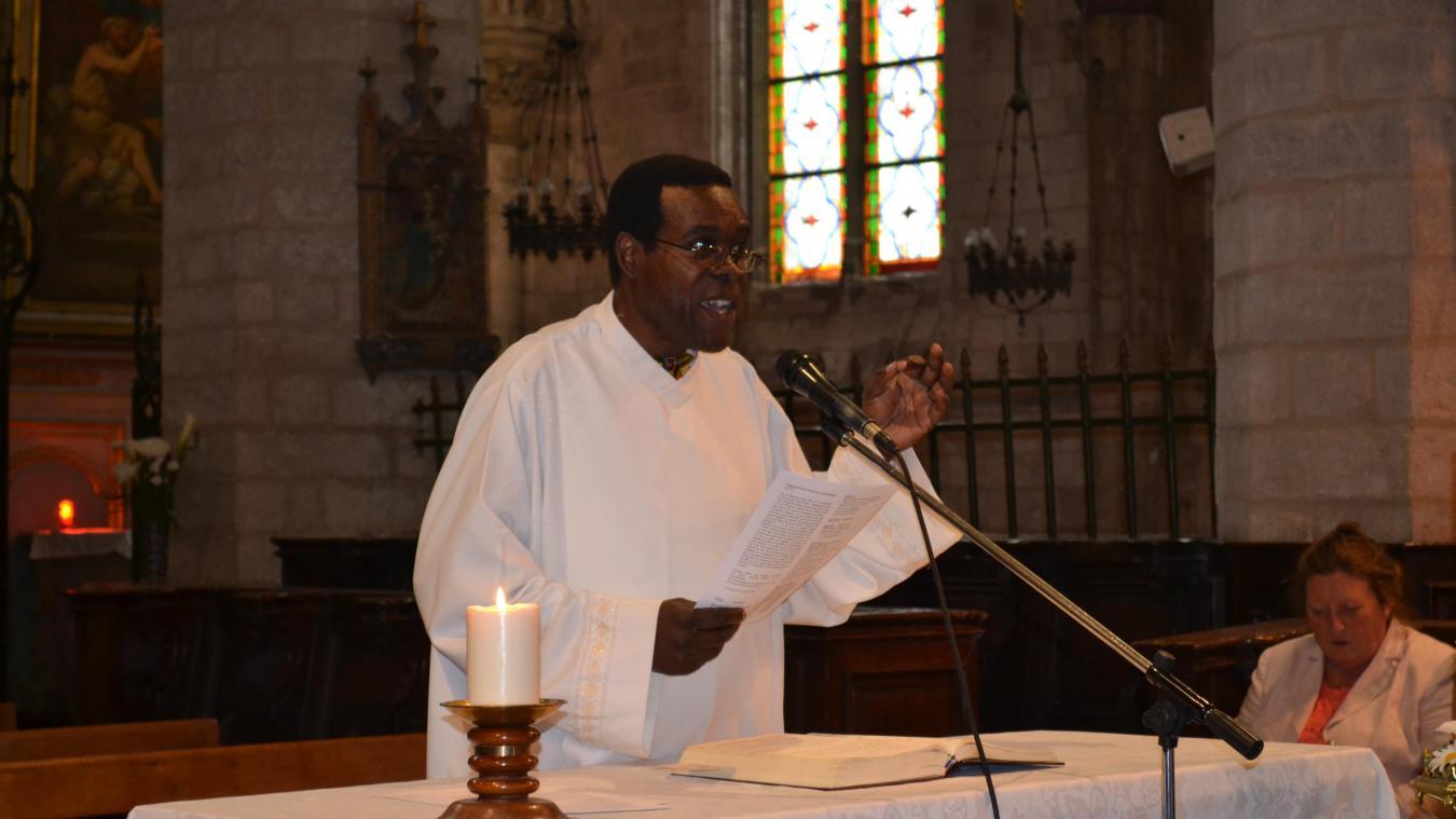 L'abbé Jacques Tangombé ne célèbre plus de messe à Thérouanne depuis le 15 mars.