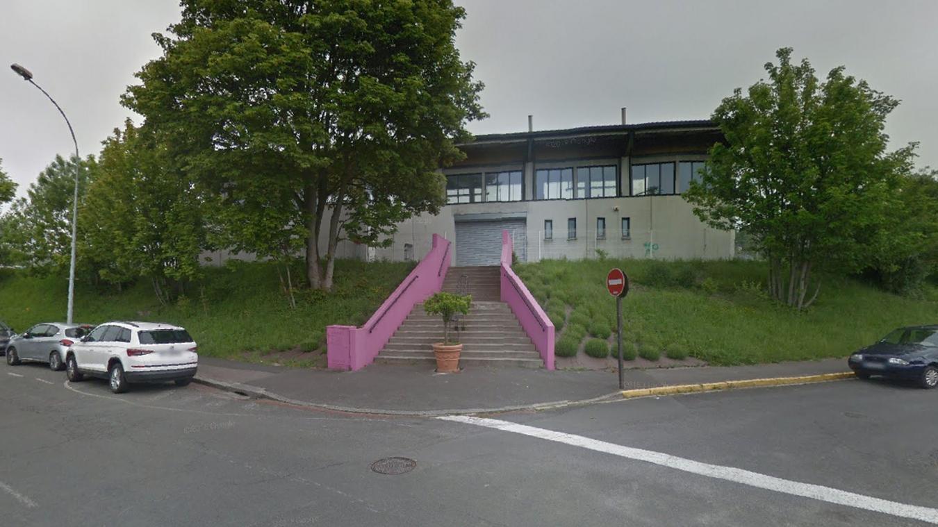 Le centre était ouvert depuis le 23 mars.