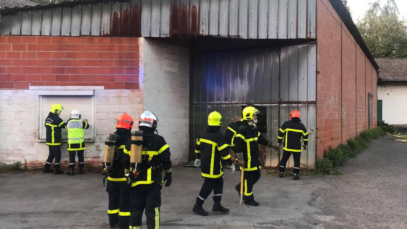 Béthune: incendie dans une friche désaffectée