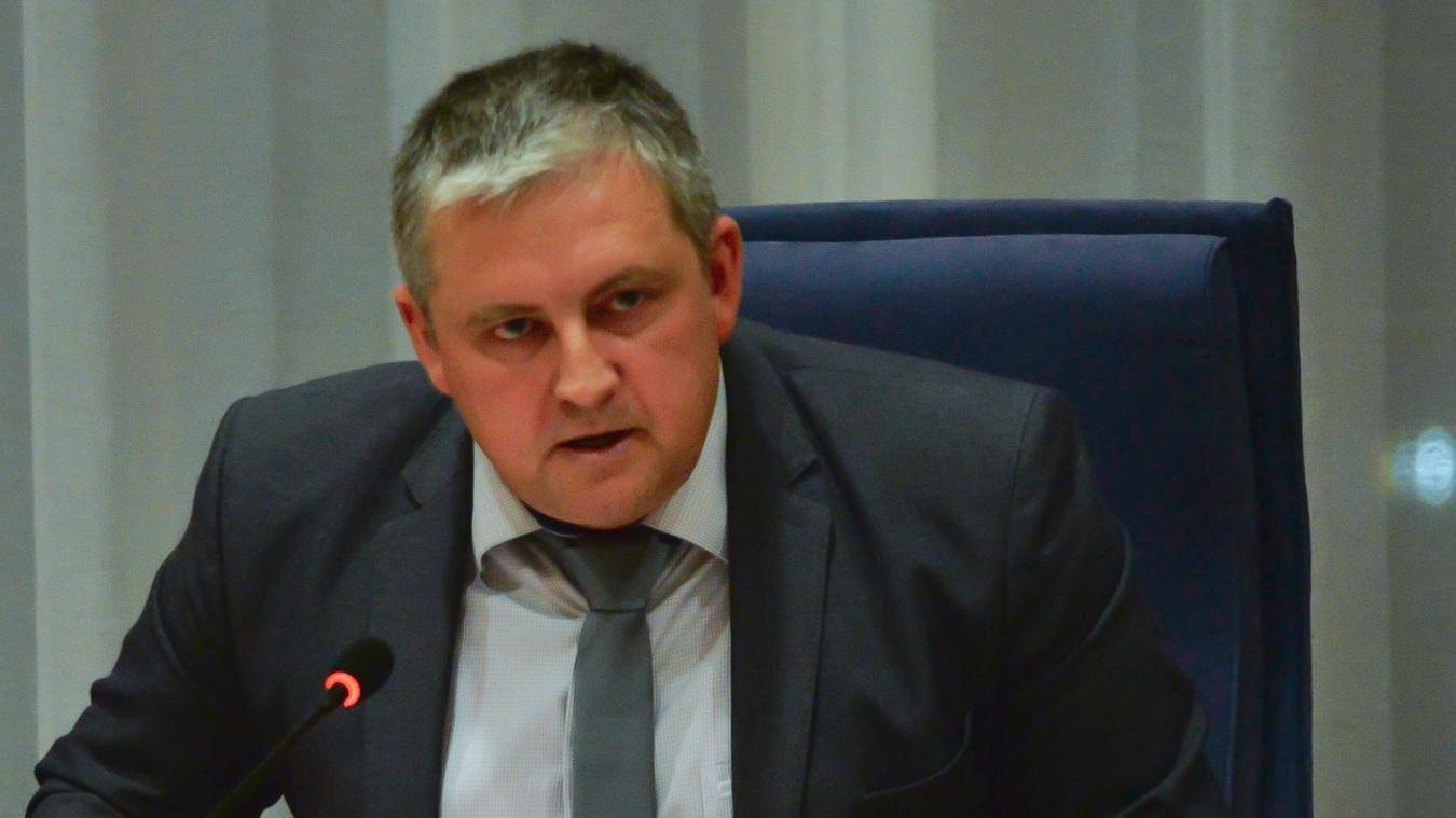 Sébastien Chochois emboîte le pas de Frédéric Cuvillier et dépose un arrêté permettant aux commerces de sa commune de reprendre partiellement leur activité via un système de pré-commande.