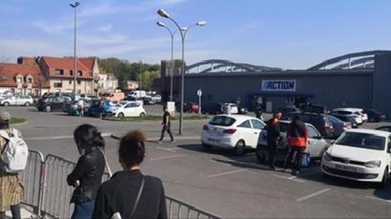 Ce vendredi 24 avril, du côté de Saint-Pol-sur-Mer, c'est l'enseigne Action, quai Wilson, qui a rouvert ses portes.