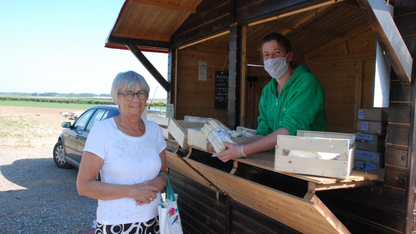 Du lundi au samedi de 17h à 19h, Pauline ouvre son chalet de vente aux particuliers.