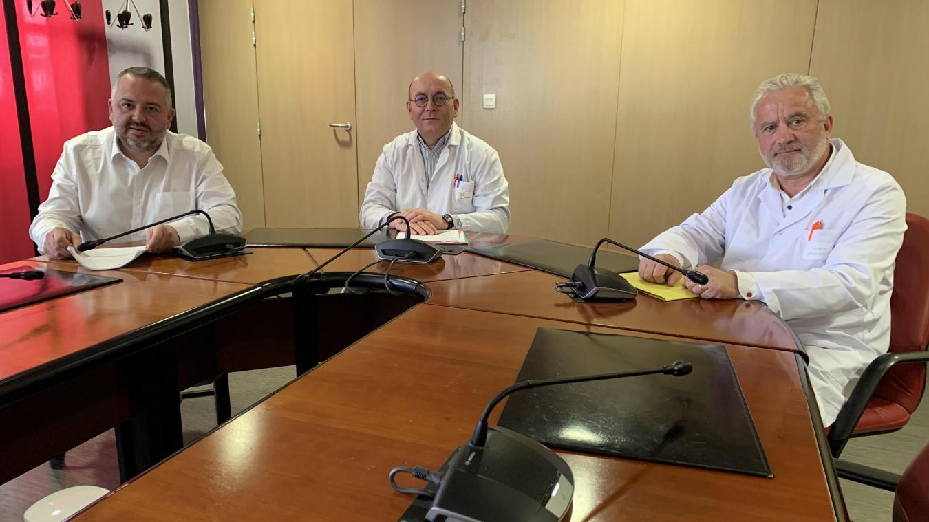 Aurélien Cadart et les docteurs Dumont et Vermeulen ont fait le point sur le fonctionnement de l'hôpital face au Covid-19.