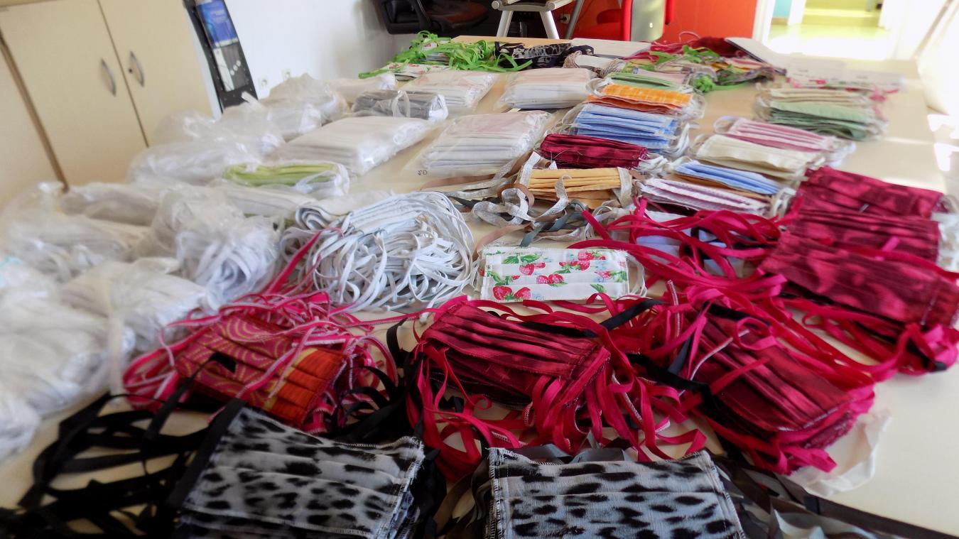 Les 600 masques ont été confectionnés par une poignée de couturières bénévoles.