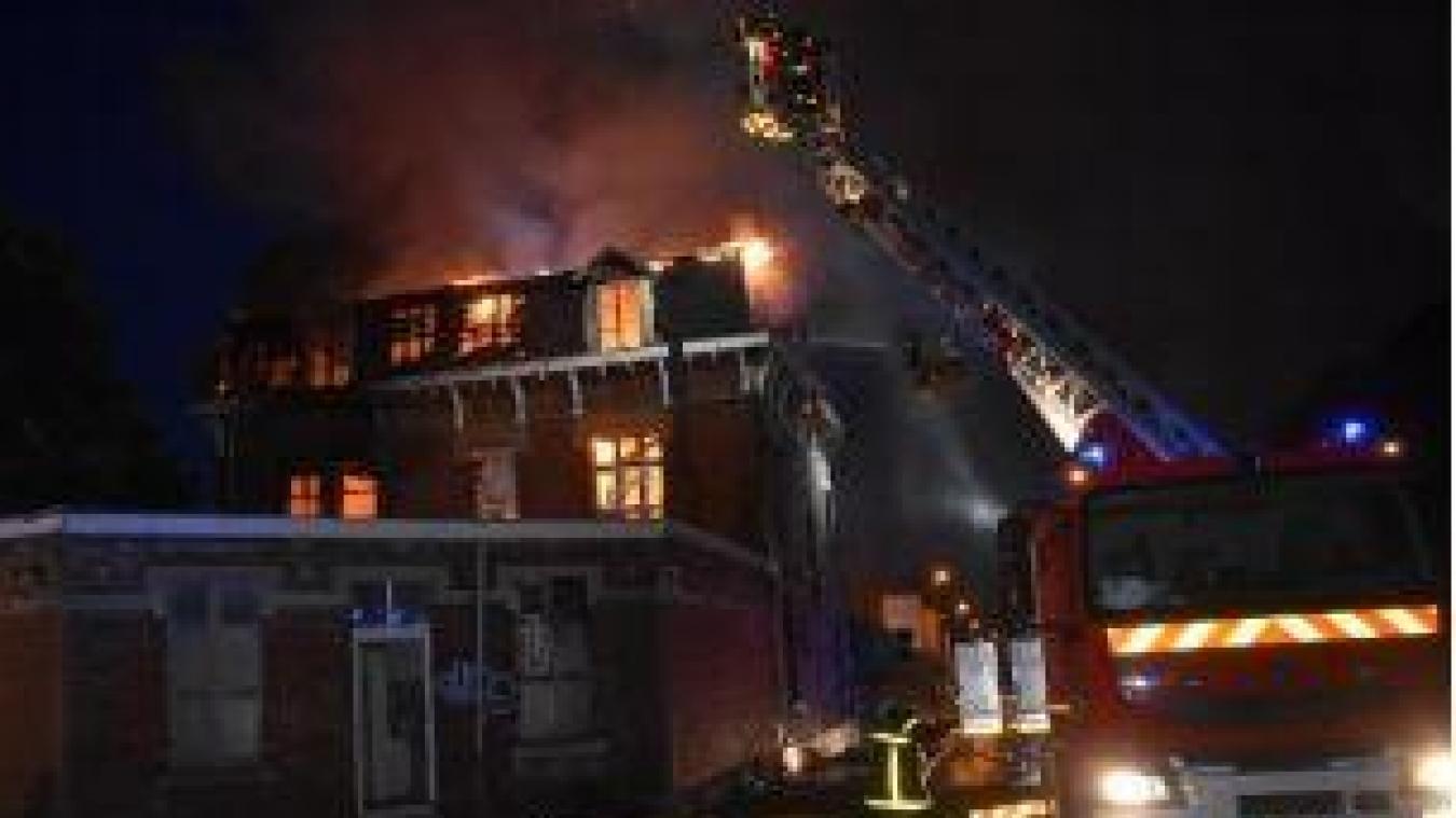 Lens: un violent incendie ravage une maison rue de Lille, le propriétaire est décédé