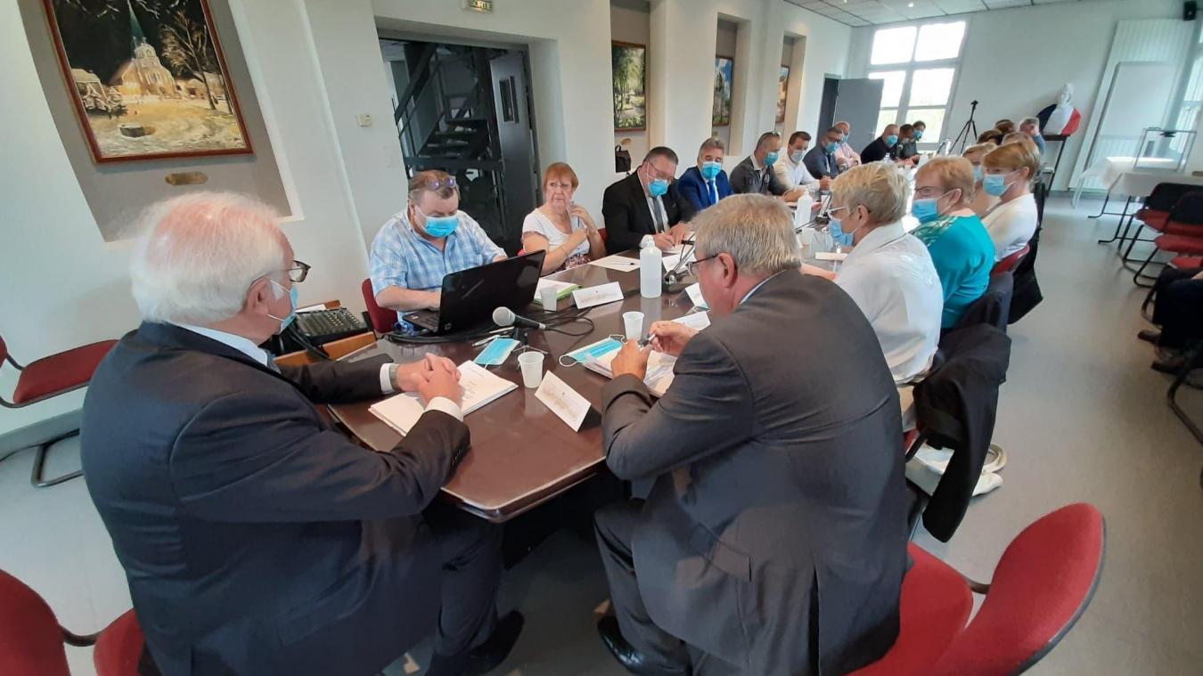 Dimanche 5 juillet, l'installation du conseil municipal a été rythmée par les interventions de l'opposition.