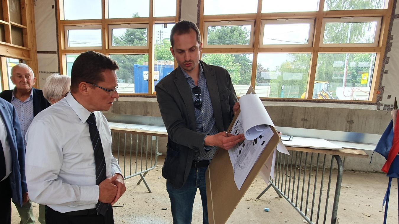 Laurent Duporge a donné son avis sur l'intérieur de la salle polyvalente.