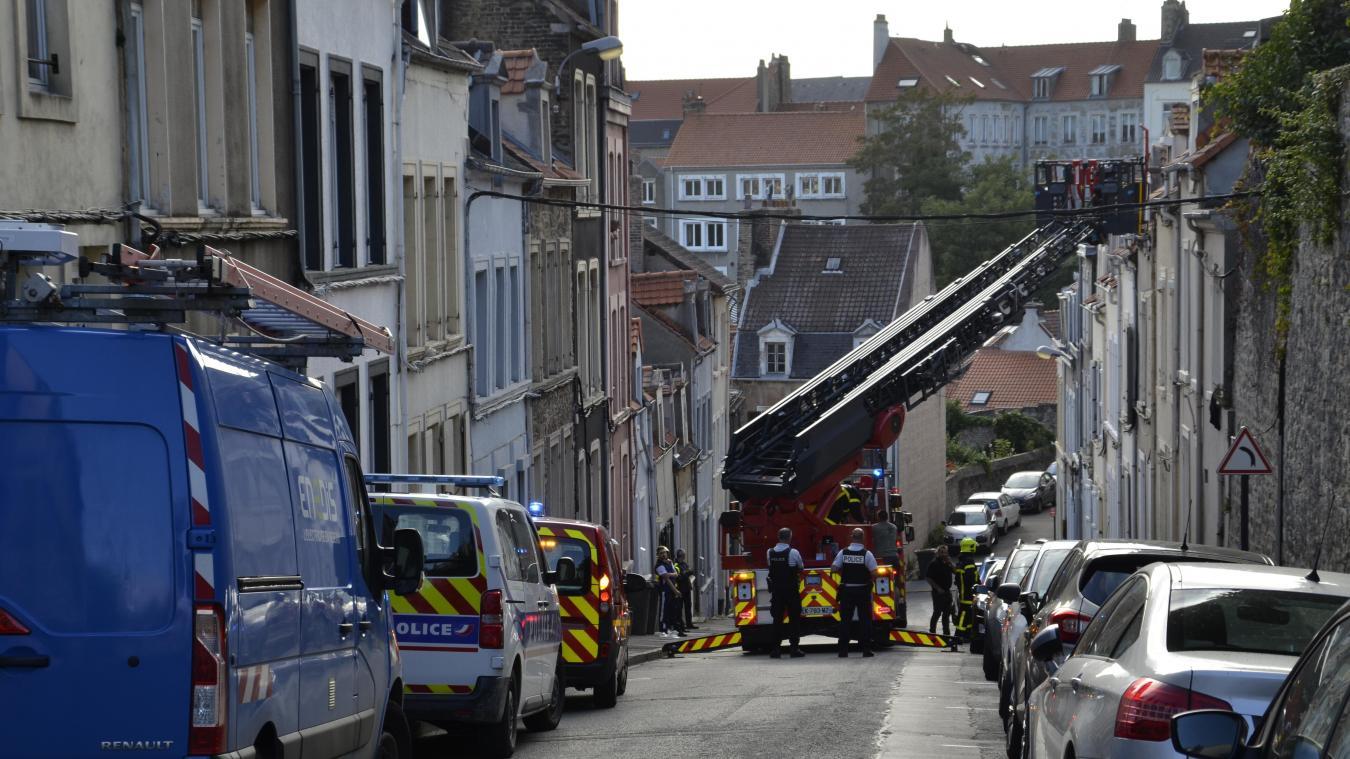 Les secours et forces de l'ordre sont intervenus ce 6 juillet 2020 rue Joinville, évitant un drame.