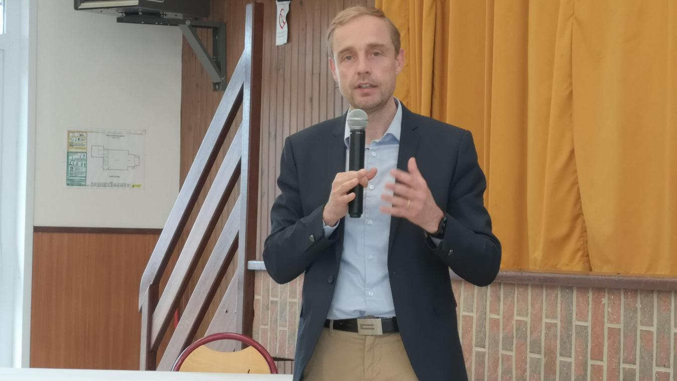 Olivier Gacquerre, maire de Béthune.