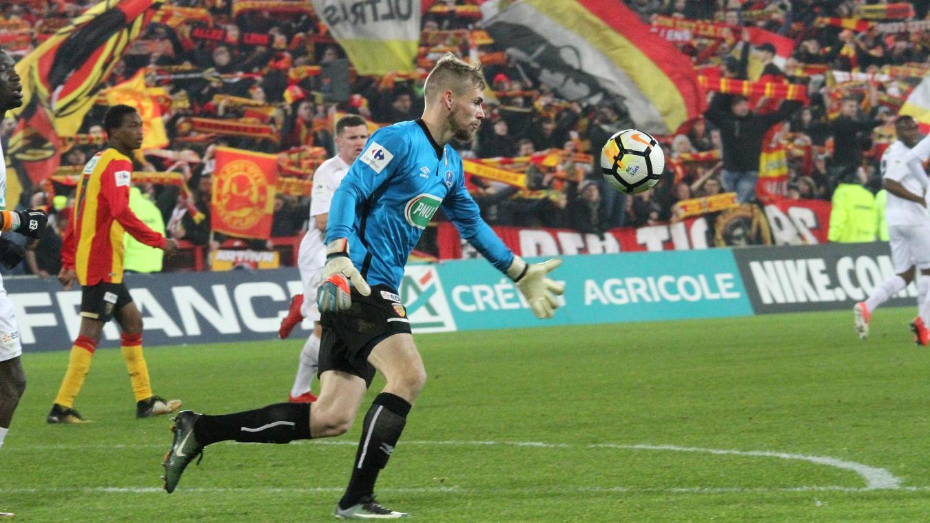 Le gardien a disputé 63 rencontres avec le RC Lens, entre 2015 et 2019.