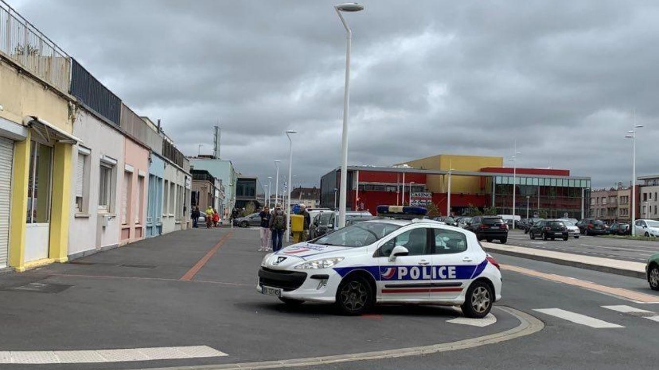Le périmètre autour de la place Paul-Asseman avait été bouclé par la police.