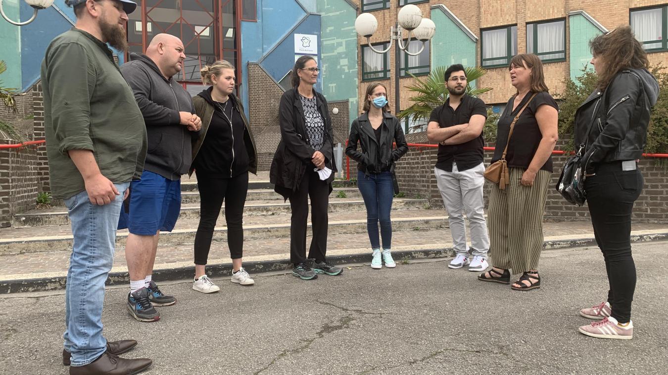 Professeurs et élèves devraient être en vacances au lycée Noordover de Grande-Synthe. Mais une mobilisation s'est engagée pour soutenir 12 inscrits au bac.