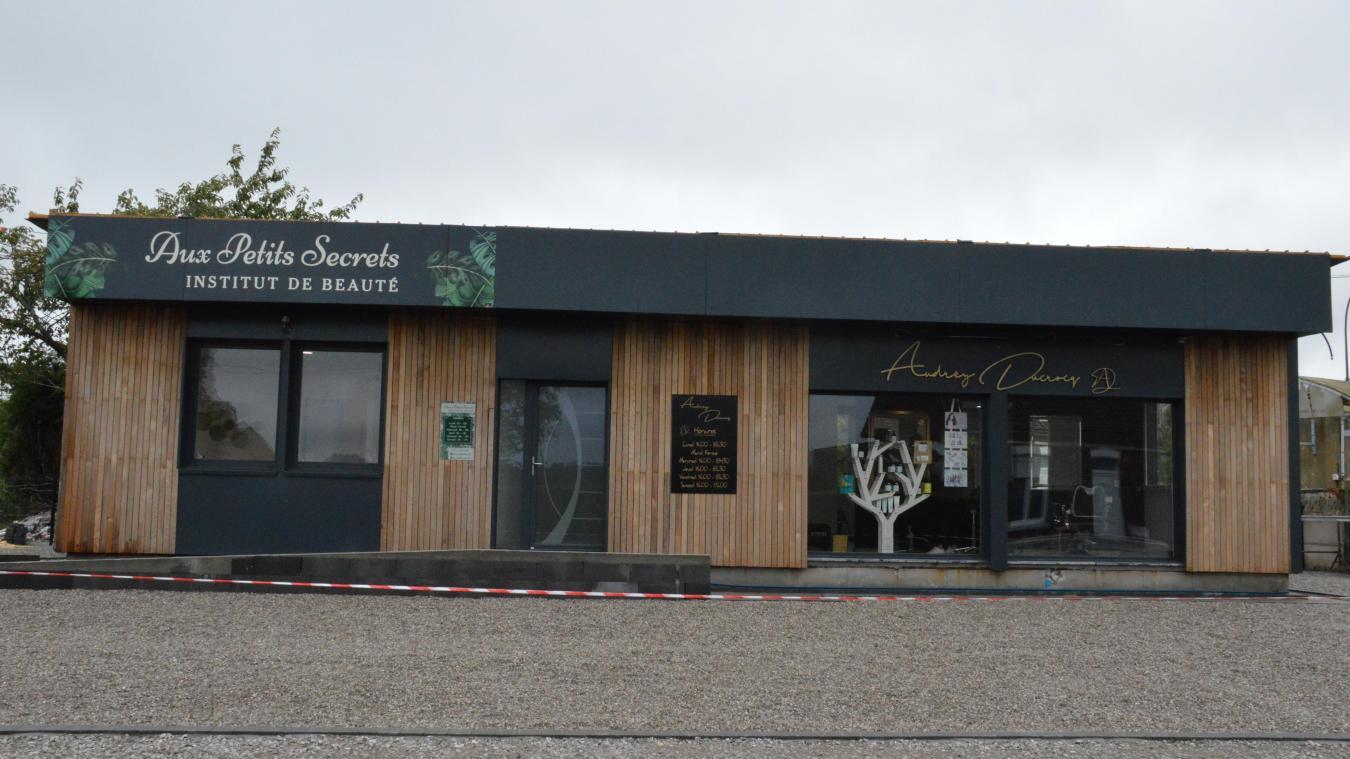 Un bâtiment, deux commerces dédiés à la beauté à Audruicq
