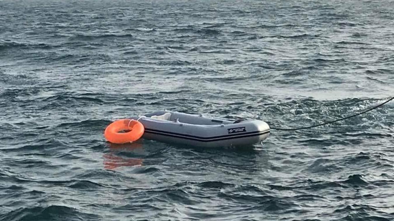 Le prévenu a expliqué qu'ils attendaient la livraison d'un bateau gonflable et que les migrants avaient payé trois mille euros pour effectuer la traversée.