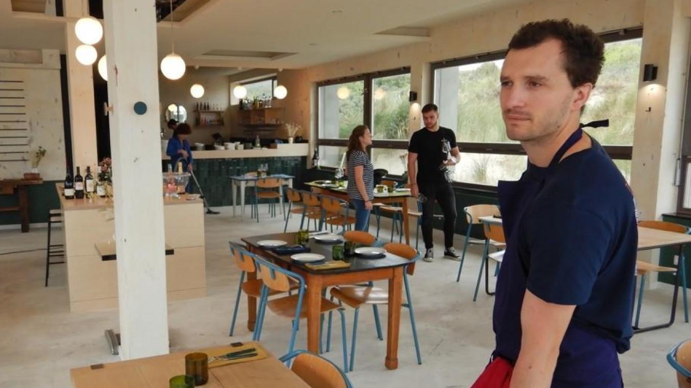 Le jeune restaurateur, Thomas Hidden, propose une cuisine « simple et sans prétention, avec une forte importance accordée au produit ».