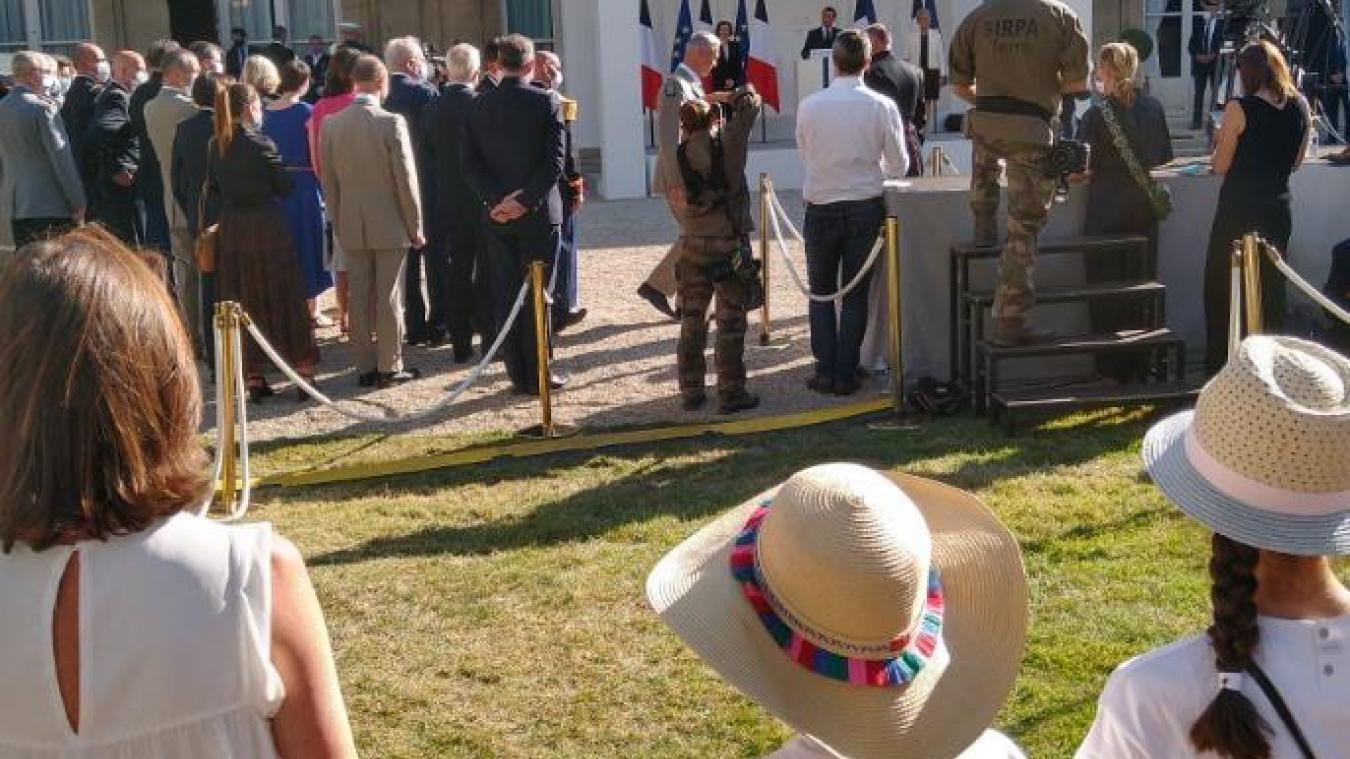 Une photo prise par la mère de Nicolas Mégard lors de l'hommage aux militaires disparus.