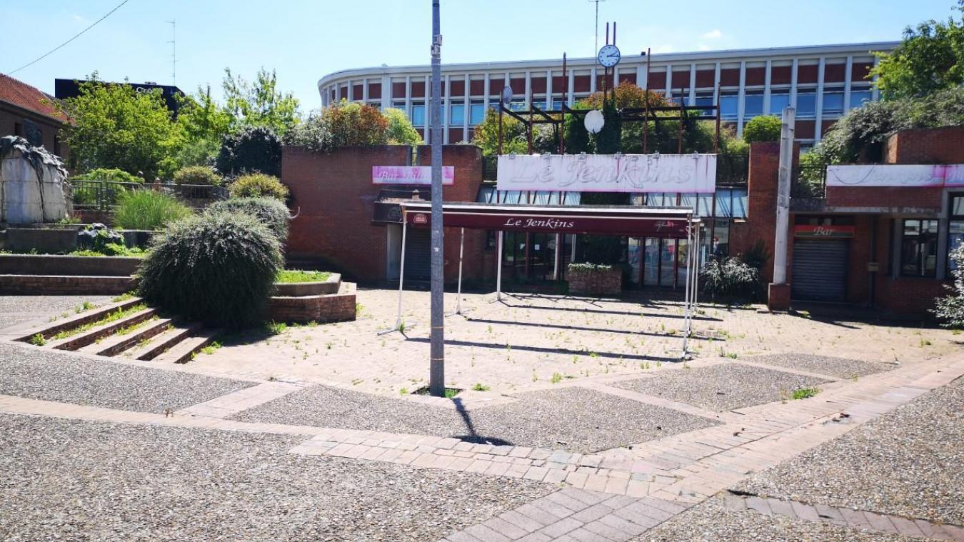 En lieu et place du Jenkins, se trouvait le Cercle des ingénieurs, à côté du lycée Carnot.