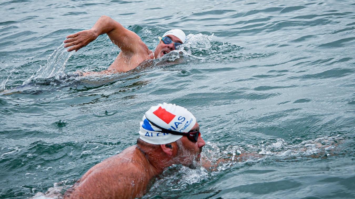 Nino et Arnaud dans la Manche la veille de leur défi préparatoire.