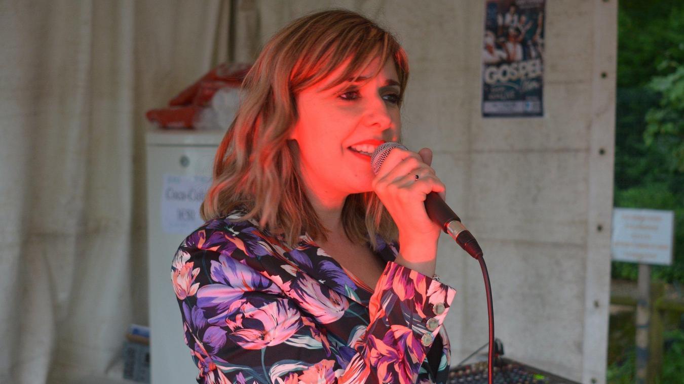 La première date a eu lieu samedi 4 juillet avec la chanteuse Lilly.