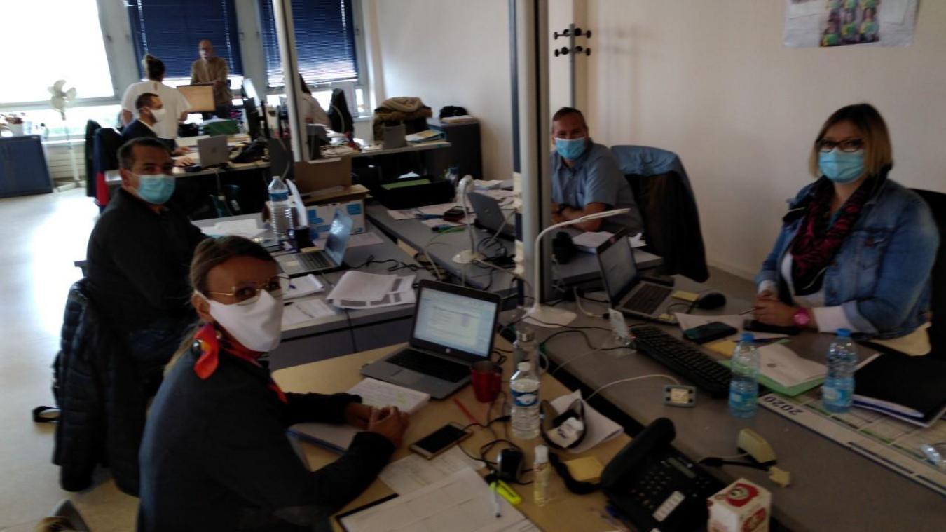 Au total, ce sont 15 agents qui assurent les appels avec les personnes contacts pour la CPAM de la Côte d'Opale.
