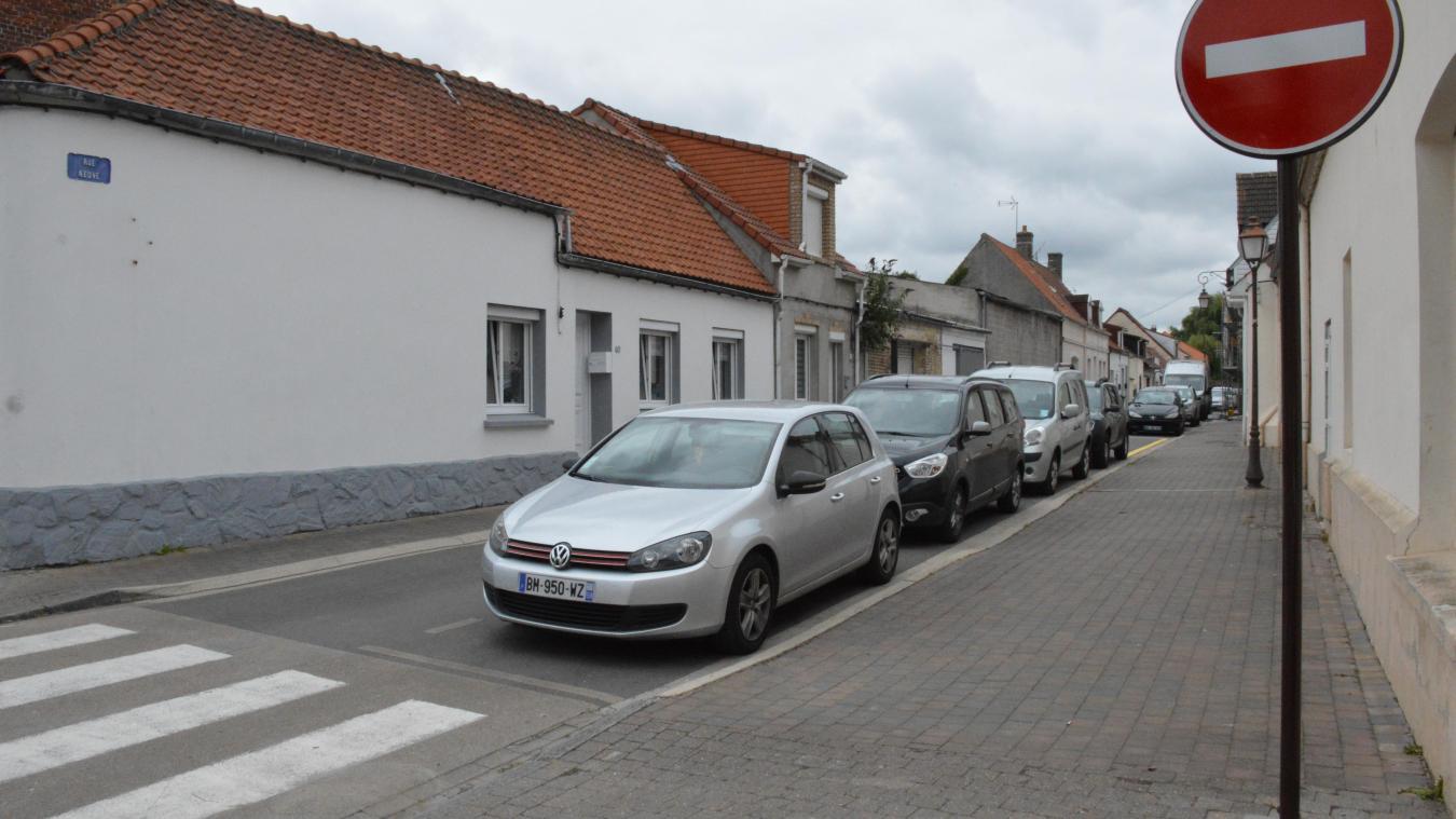 La rue Neuve est restée en sens unique, mais a changé de sens de circulation.