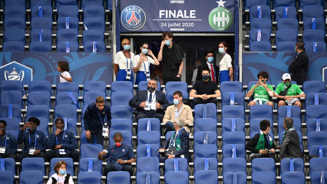Sports: jauge dans les stades maintenue à 5000 personnes jusqu'à fin août