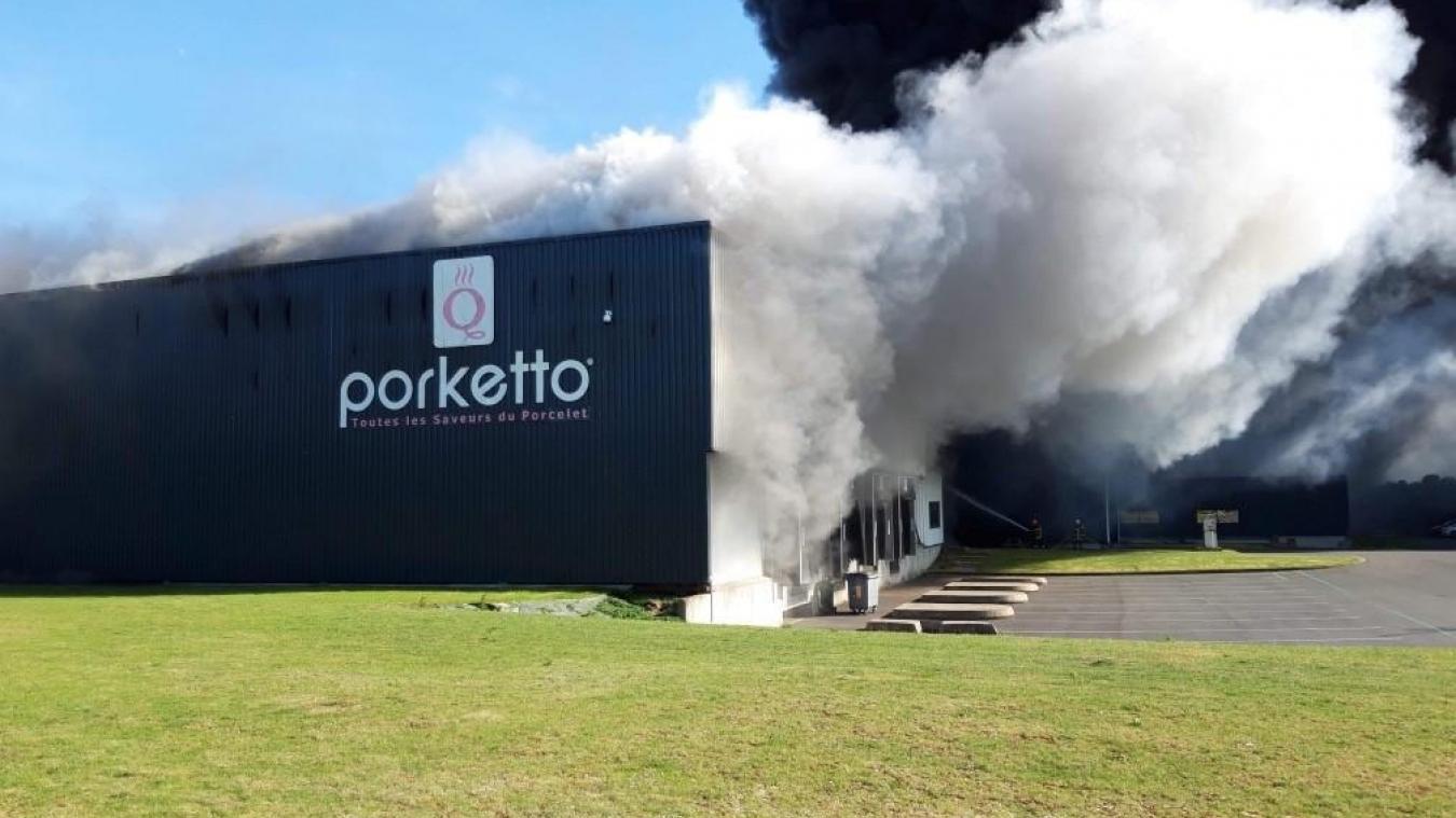 Le 20 mai 2020, l'incendie se déclarait après la journée de travail des équipes.