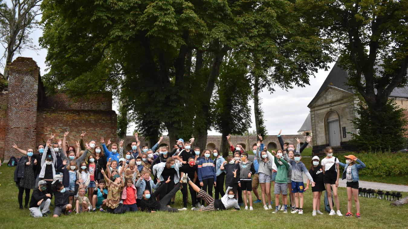 Cinquante jeunes âgés de 9 à 14 ans ont montré ce qu'ils ont appris lors d'une veillée organisée jeudi 23 juillet à la Citadelle. (Crédit Photo : Opale & Co)